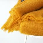 Mohair deken geel